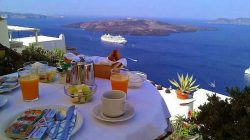 The perfect place to enjoy breakfast…. Santorini!